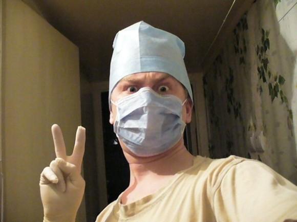 Crazy doc... bron: http://foto.mail.ru/mail/daniloff77/_myphoto/12.html