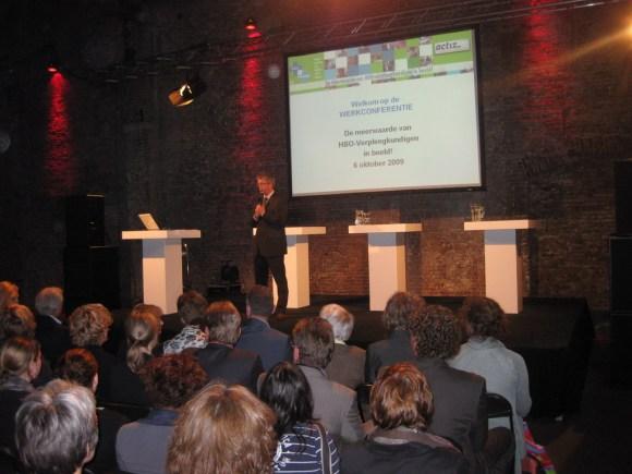 prof. dr. Jan Hamers aan het woord